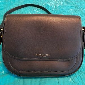 Marc Jacobs purse in black